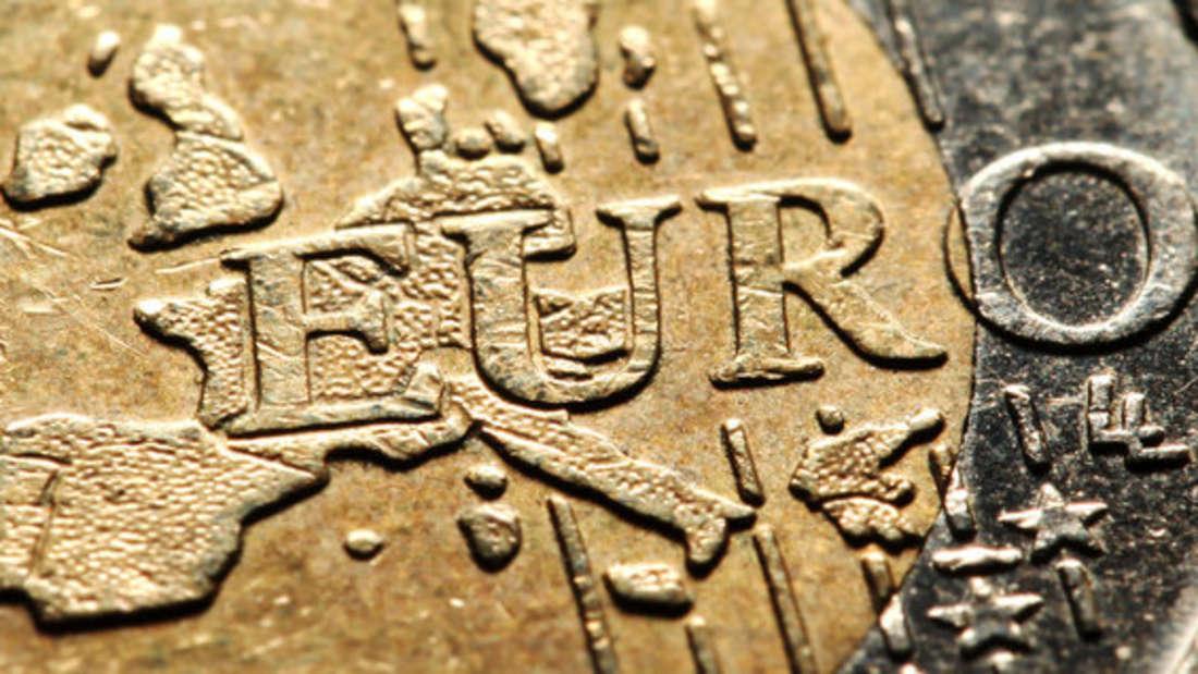 Eine griechische 2-Euro-Münze schlägt auf eBay geradehohe Wellen.