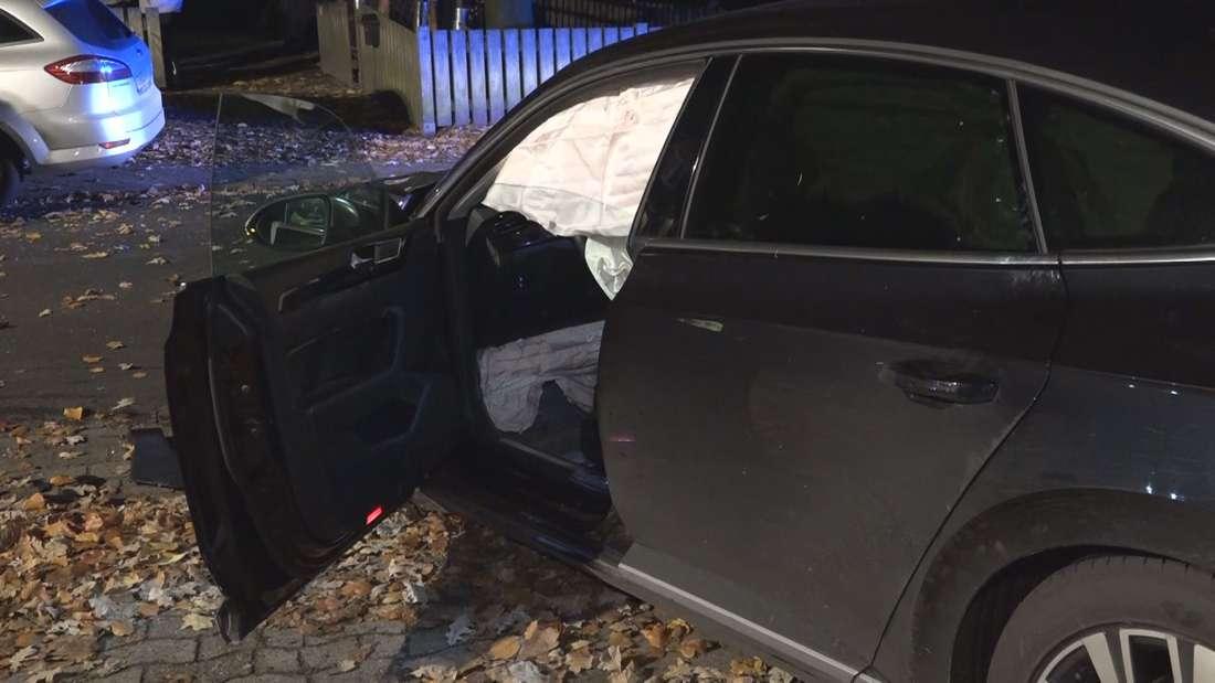 Bremen: Tödlicher Unfall zwischen VW Arteon und Audi 100 - zwei Tote im Landkreis Rotenburg