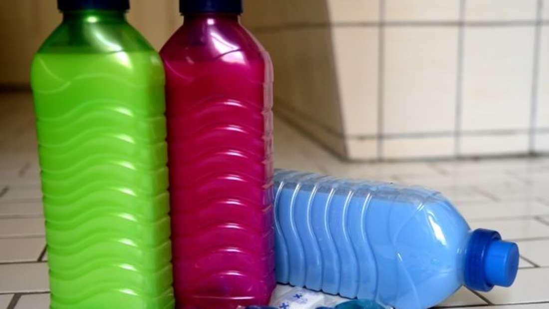 Waschpulver, Weichspüler & Co.: In welches Fach kommen die eigentlich rein?