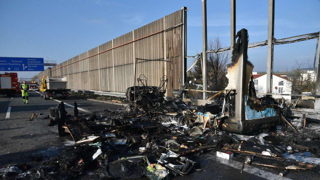 Wohnmobil fängt auf der A6 Feuer.