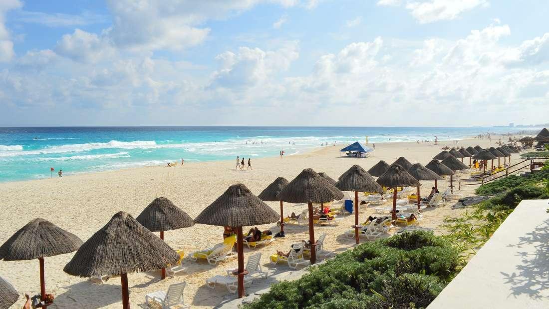 Mexiko, Cancún: Puderzucker-Strände an der Küste der Halbinsel Yucatán