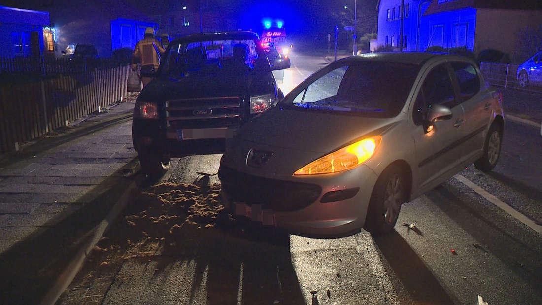 Zu einem Unfall im Vollrausch kam es in Delmenhorst. Nicht etwa Nachts, sondern gegen 19 Uhr war ein Peugeot-Fahrer mit über zwei Promille im Blut unterwegs und rammte im Vollrausch einen parkenden Ford Pick-Up.