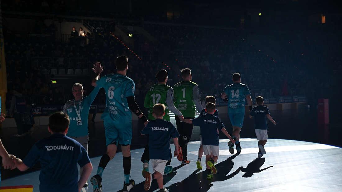Die Rhein-Neckar Löwen schlagen den TVB Stuttgart.