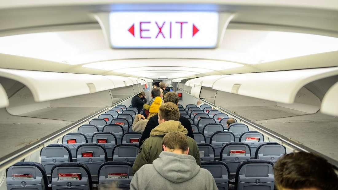 Trinkgeld geben im Flugzeug - angebracht oder unpassend?