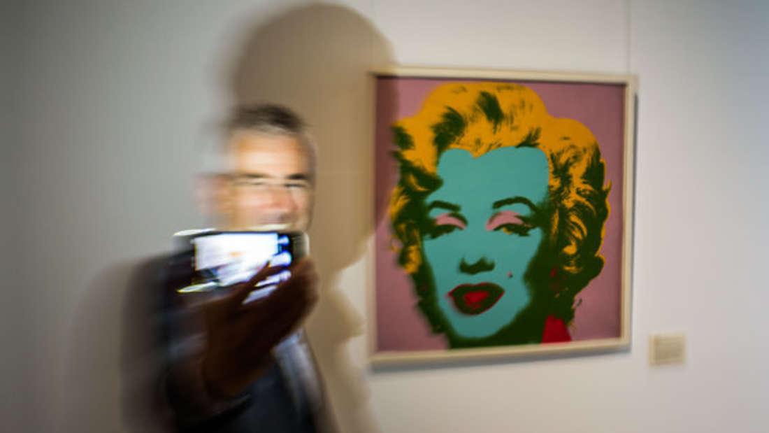 Kann man das Urheberrecht eines Kunstwerks mit einem Selfie davor umgehen?
