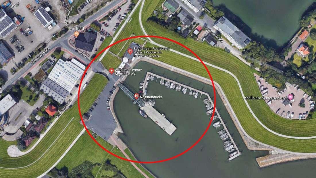 Zu einem tragischen Unfall mit tödlichem Ausgang kam es in Nassauhafen in Wilhelmshaven, als der PKW zweier Senioren ins Hafenbecken stürzte