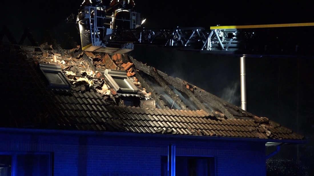 In Niedersachsen bei Oldenburg saß eine Familie beim Abendessen plötzlich im Dunkeln, woraufhin der Vater im Obergeschoss eine unfassbare Entdeckung machte