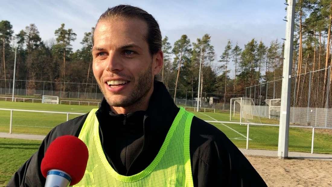 SVS-Neuzugang Dennis Diekmeier im Exklusiv-Interview.
