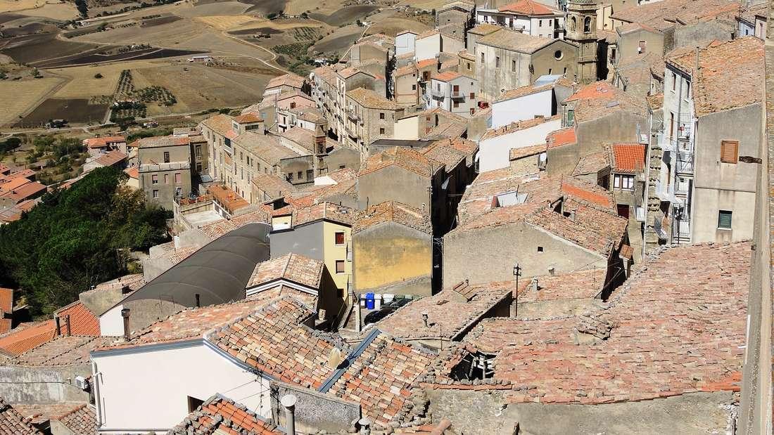 In einem sizilianischen Dorf gibt es Häuser für nur einen Euro (Symbolbild).