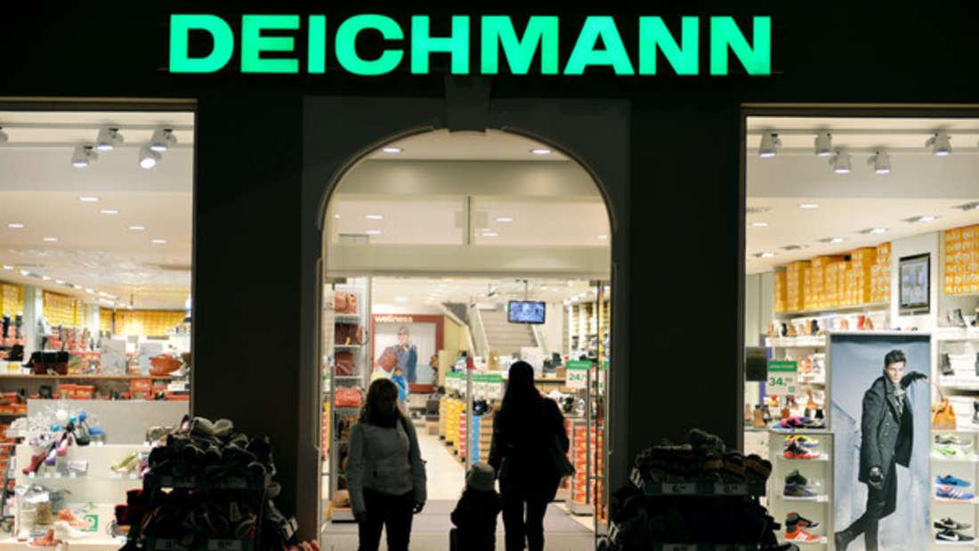 """Platz 3: Deichmann - """"Markenschuhe so günstig"""" - das gefällt auch vielen Deutschen, weshalb es der Schuhkonzern auf das Siegertreppchen geschafft hat. Damit behält er ebenfalls seinen Platz vom Vorjahr (52,1 Punkte)."""