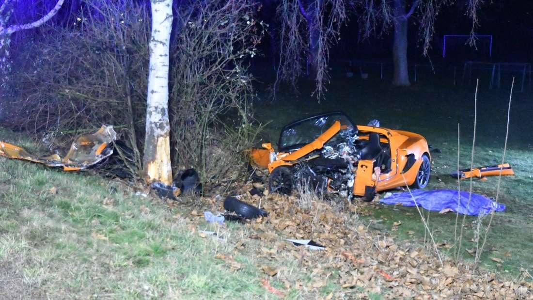 Tödlicher Unfall mit Sportwagen in Friedberg, Fahrer tot