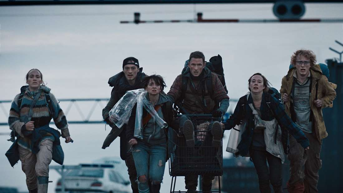 """Platz 10: Im Mai startete die erste Staffel von """"The Rain"""" auf Netflix. Nachdem ein Killervirus, der sich über Regen ausbreitete, fast die gesamte skandinavische Bevölkerung auslöschte, macht sichder Rest derMenschheitdaran, in der postapokalyptischen Welt zu überleben."""