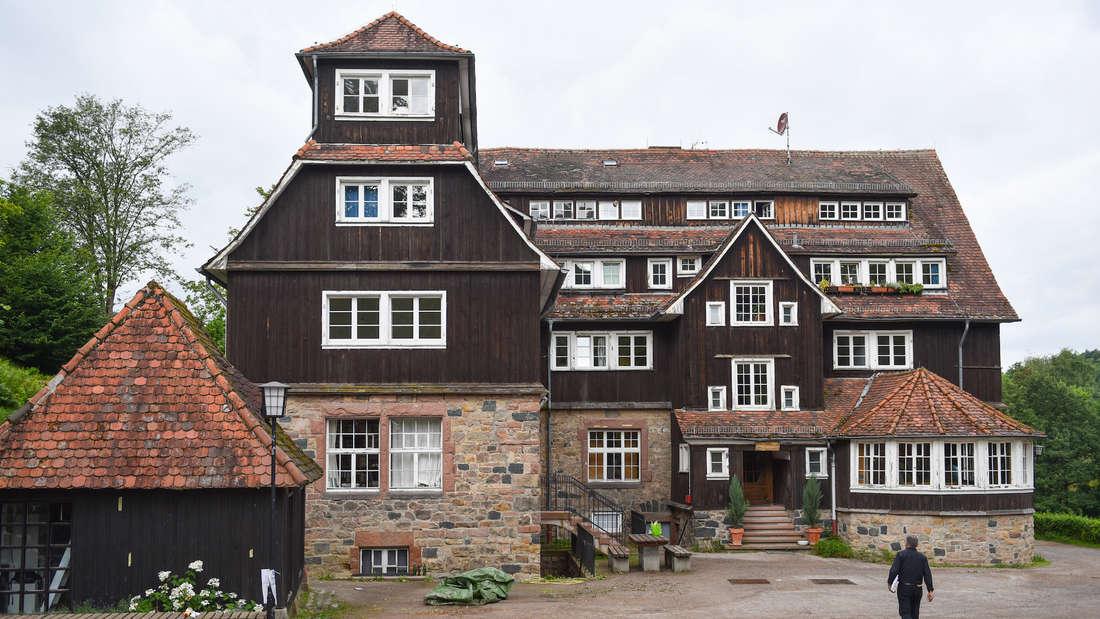 In der Odenwaldschule in Heppenheim sind jahrelang hunderte Schüler sexuell missbraucht worden.