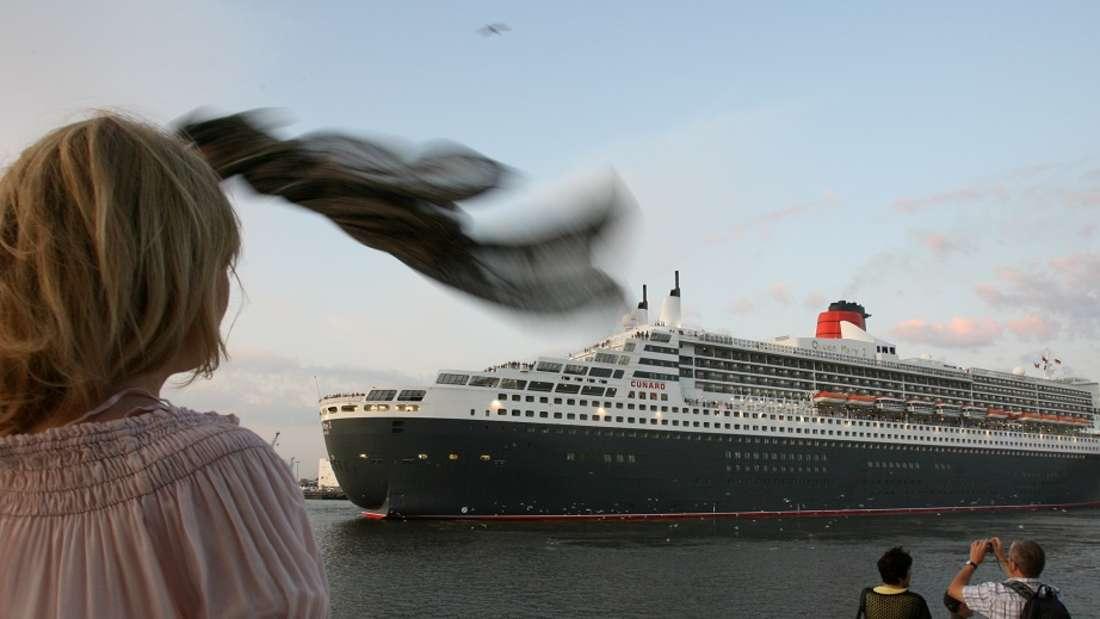 Kreuzfahrt-Mitarbeiter lassen es auf dem Schiff ganz schön krachen. (Symbolbild)