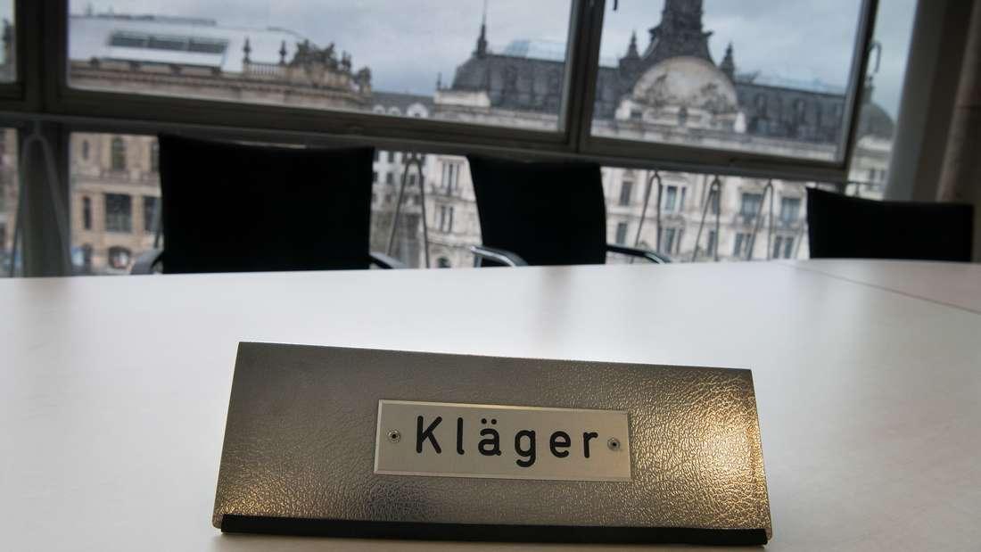 HolidayCheck hat Klage gegen Fivestar Marketing beim Landgericht München I eingereicht.