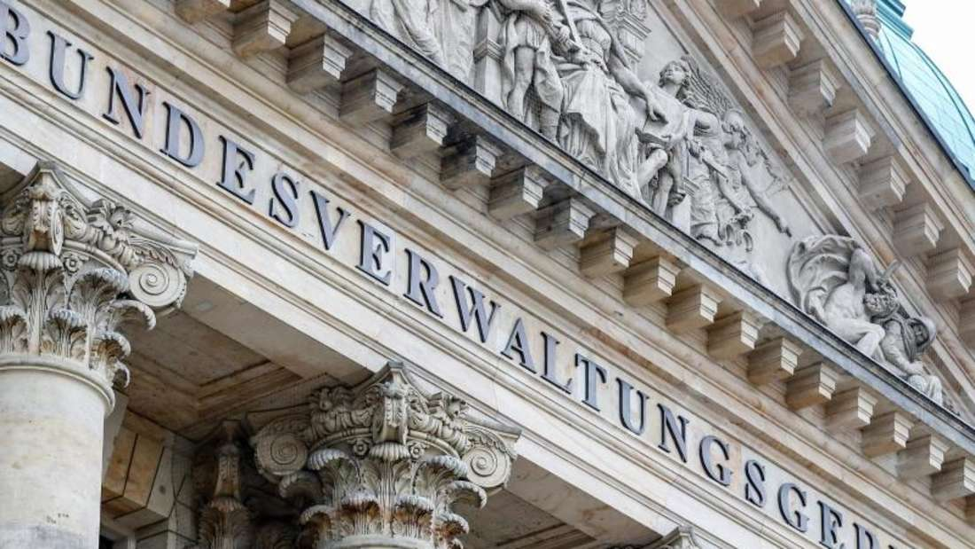Das Bundesverwaltungsgericht Leipzig entscheidet über die Übernahme von zusätzlichen Polizeikosten bei Hochrisikospielen. Foto: Jan Woitas