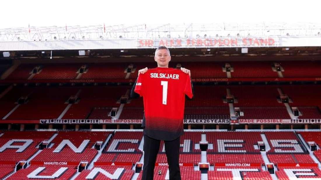 Manchester United hat seinen bisherigen Interimstrainer Ole Gunnar Solskjaer dauerhaft als Coach verpflichtet. Foto:Martin Rickett/PA Wire/dpa