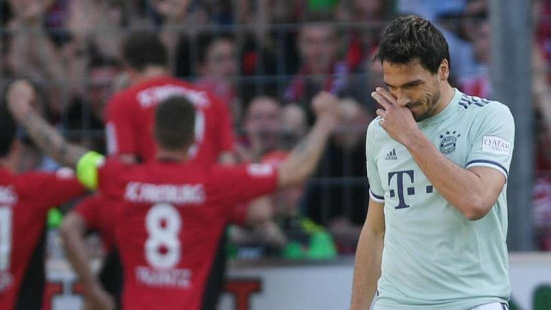 Der FCBayern München hat im Kampf um die Meisterschaft in Freiburg wichtige Punkte liegen lassen. Foto: P. Seeger/dpa