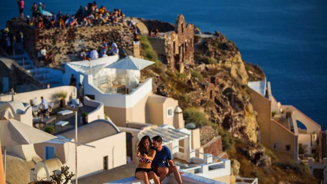 Auf Santorini gibt es ab sofort ein Verbot für Übergewichtige.