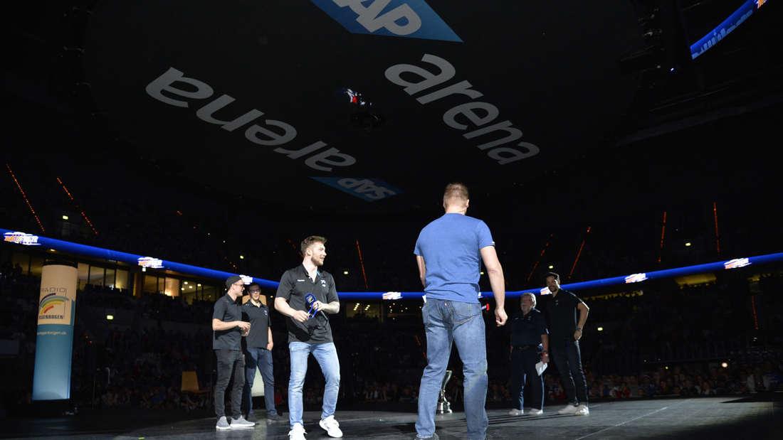 Adler Mannheim: Meisterfeier in der SAP Arena.