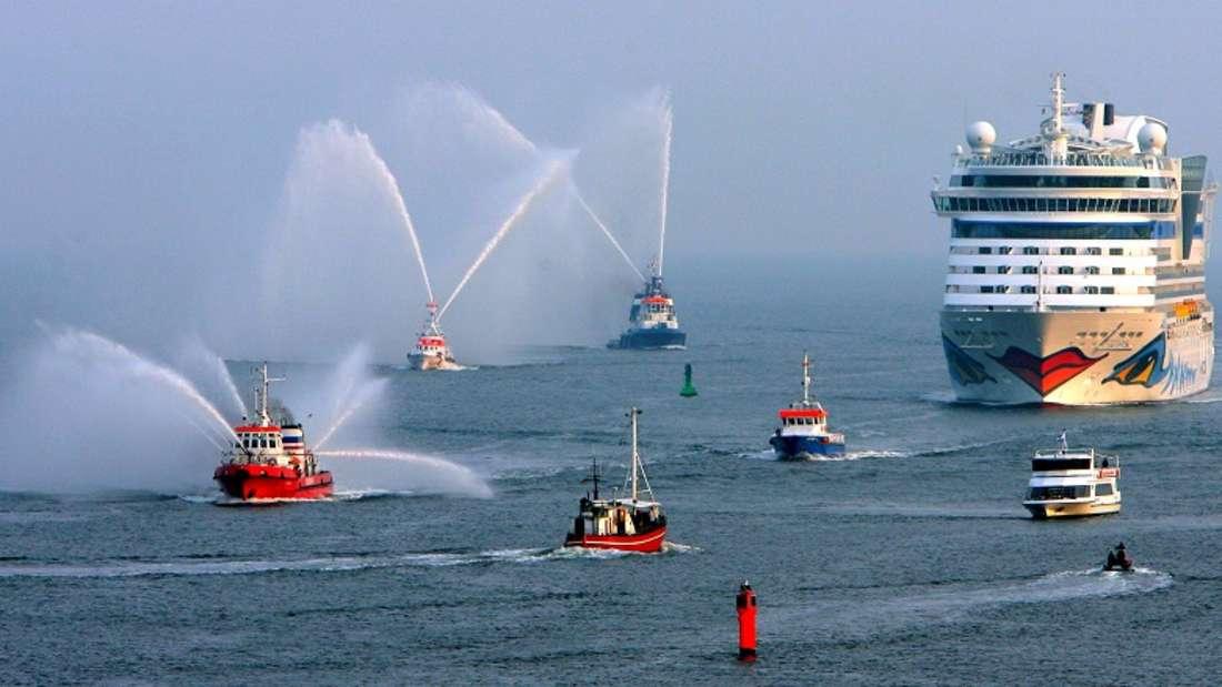 Kreuzfahrtschiffe können sichauf hoher See einer großen Gefahr gegenüber sehen. (Symbolbild)