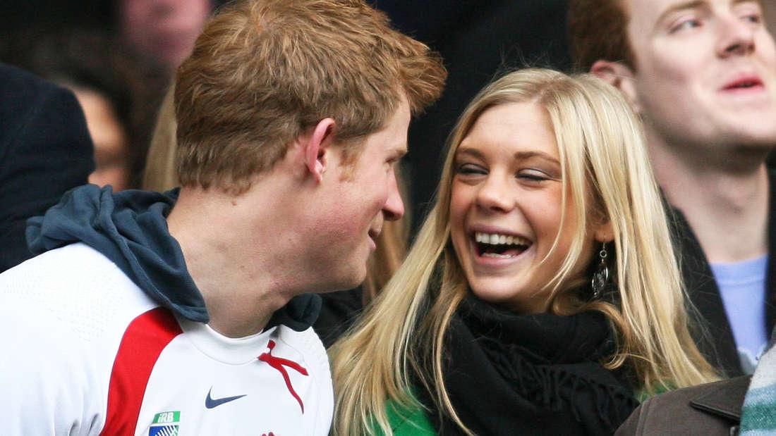 Ein Foto aus einer anderen Zeit. Prinz Harry zusammen mit Freundin Chelsy Davy im Jahr 2008.