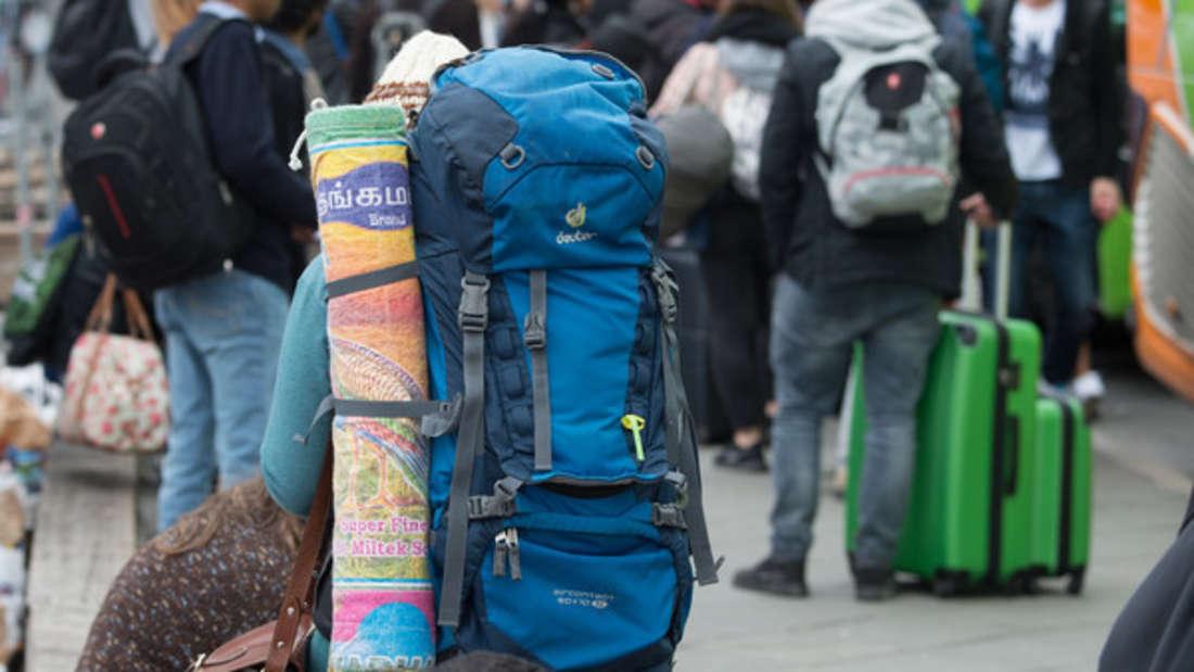 Immer mehr Touristen reisen ohne Geld in arme Länder - und wollen sich dort von den Einheimischen den Urlaub finanzieren lassen. (Symbolbild)