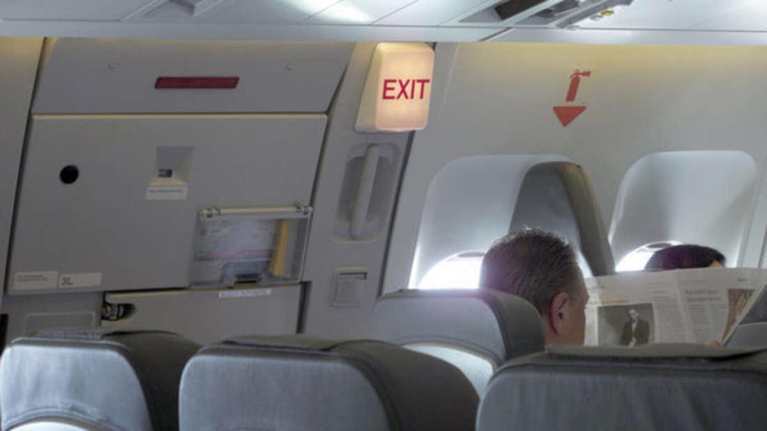 Ein Flugzeug musste notlanden, nachdem eine Turbine komplettdurchbrannte. (Symbolbild)