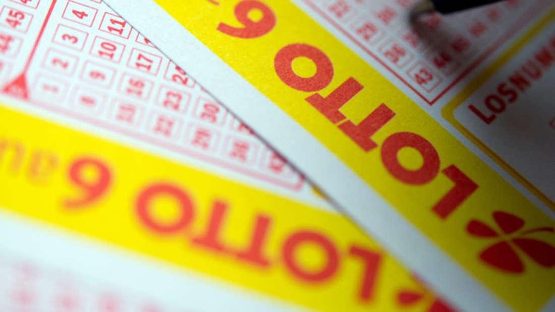 Ein ehemaliger Krimineller, der Millionen im Lotto gewinnt? Das konnte die Lotteriegesellschaft nicht glauben. (Symbolbild)
