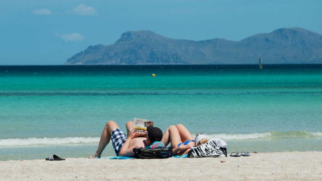 Am Strand liegen von Mallorca? Das geht jetzt günstig - wenn Sie flexibel bleiben.
