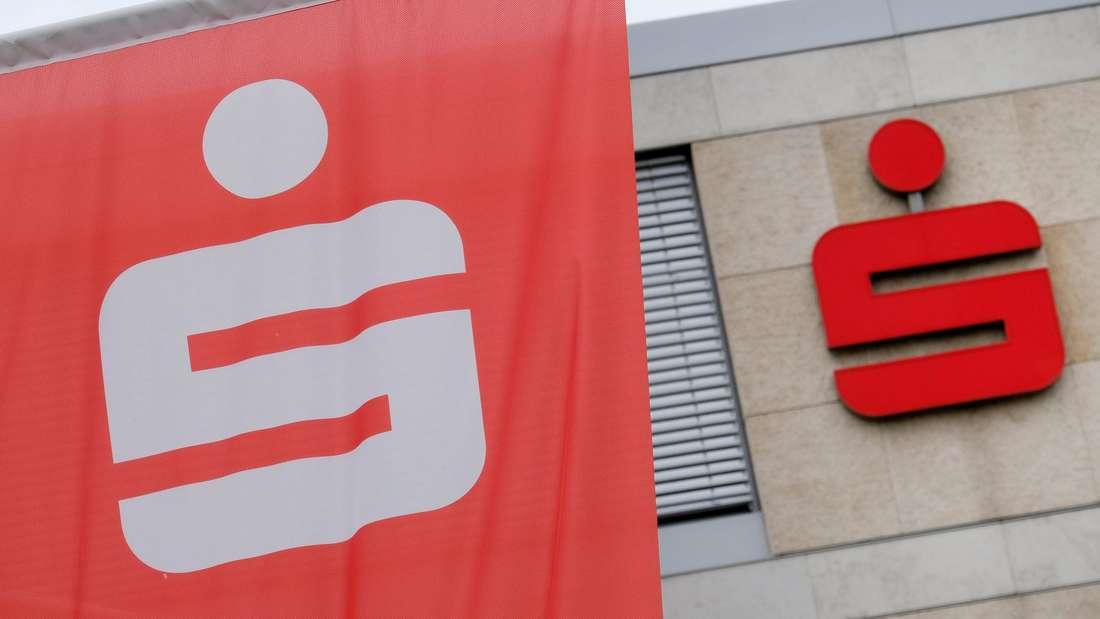 Die Sparkasse Nürnberg hat die Sparverträge von 16.000 Kunden gekündigt.