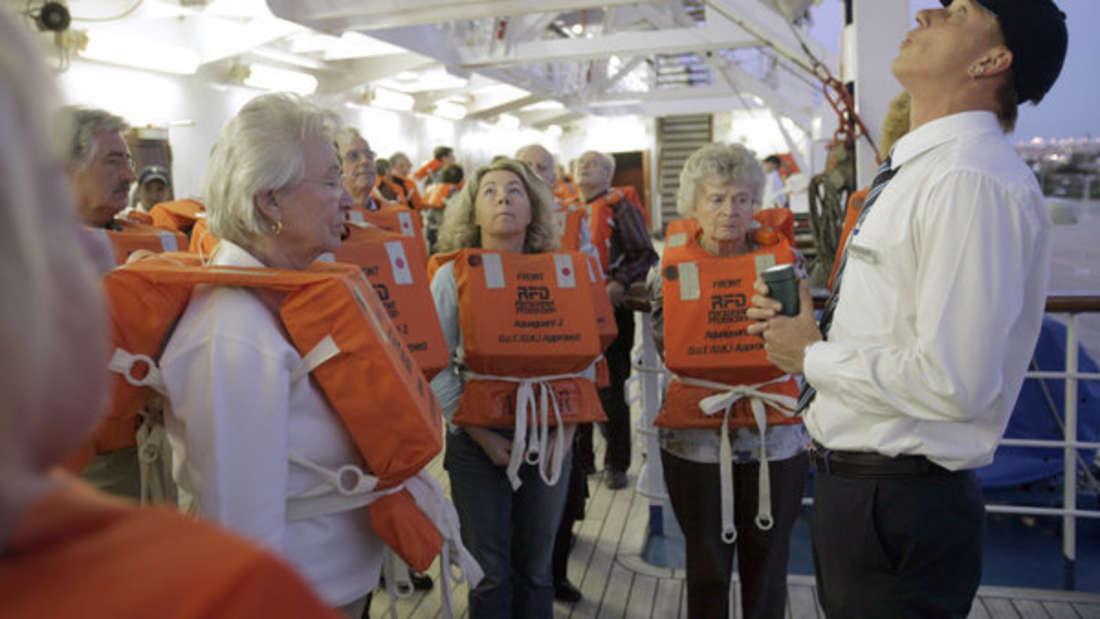 Kreuzfahrt-Mitarbeiter sehen die Seereise aus einem anderen Blickwinkel. (Symbolbild)