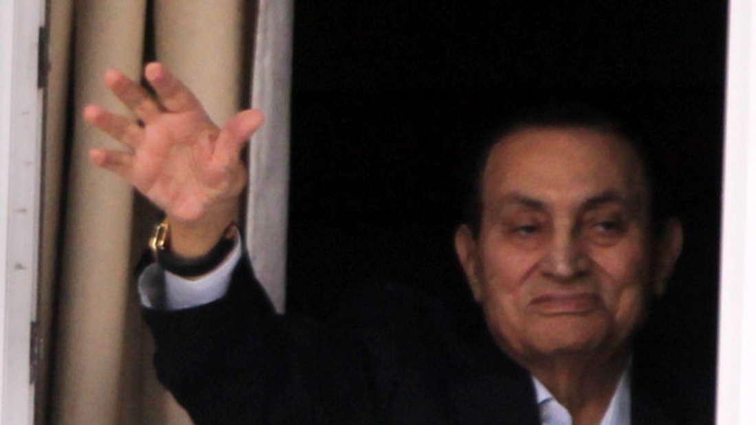 Hosni Mubarak war bis 2011 dreißig Jahre lang an der Macht in Ägypten. Der Diktator wurde nach den Unruhen des Arabischen Frühlings gestürzt. Doch bis dahin hatte er schon genug Geld zur Seite geschafft - Medienberichte gehen von fast 80 Milliarden Dollar (etwa 70 Milliarden Euro) aus.