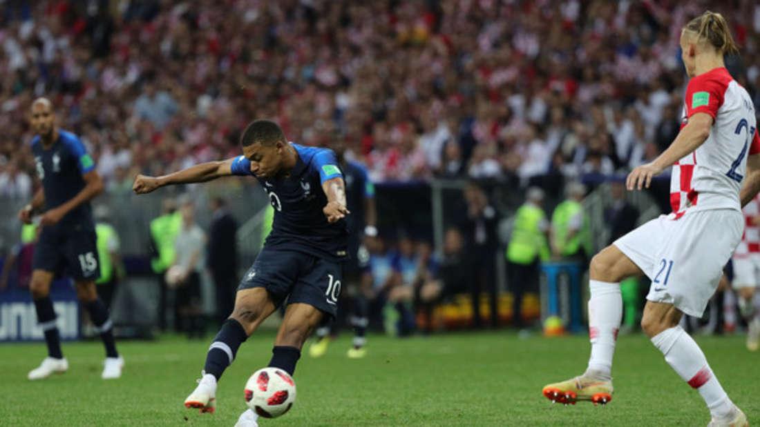 """Bei """"Fifa 20"""" können Fußballfans bald wieder selbst den Rasen betreten."""