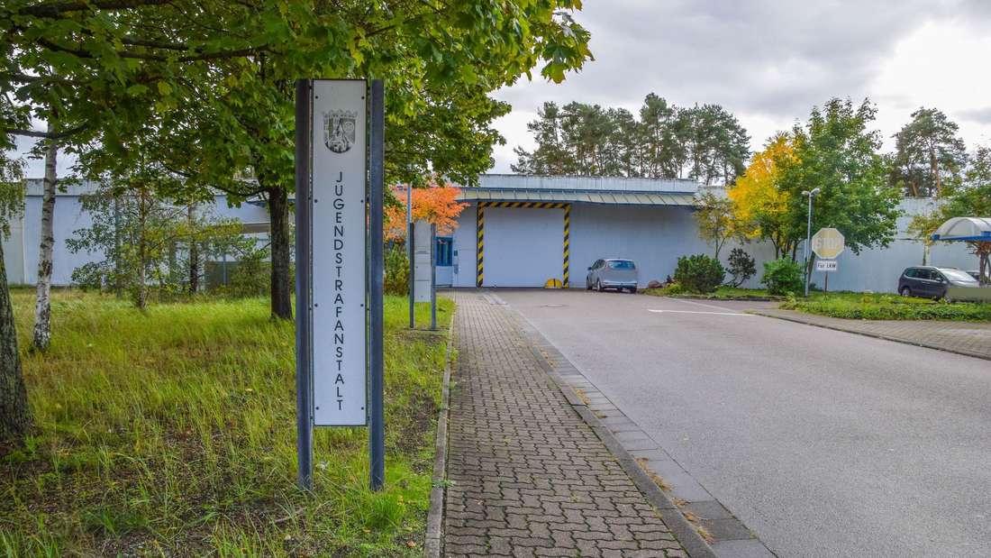 Mörder von Mia erhängt sich in einer Gefängniszelle der Jugendstrafanstalt in Schifferstadt.