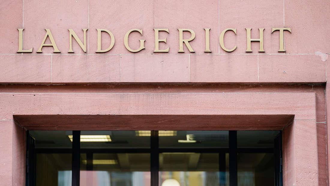 Der Eingang des Landgerichts Frankenthal.