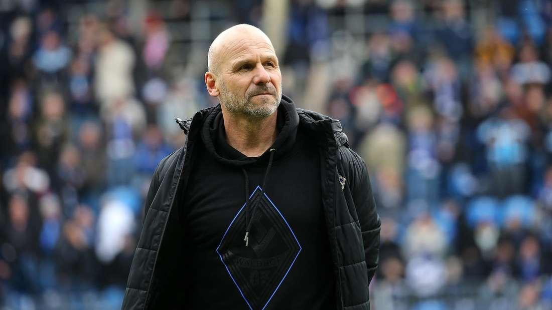 Bernhard Trares hat den SV Waldhof in die 3. Liga geführt, sein Vertrag läuft im Sommer aus.