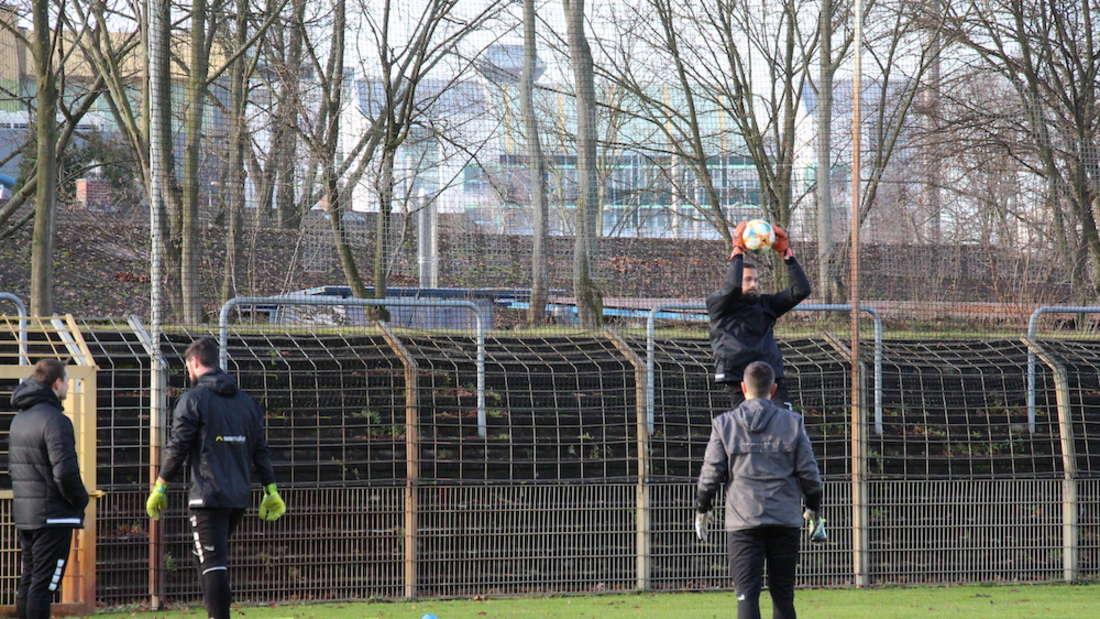 Der SV Waldhof Mannheim hat am Samstag (4. Januar) den Trainingsbetrieb am Alsenweg wieder aufgenommen.