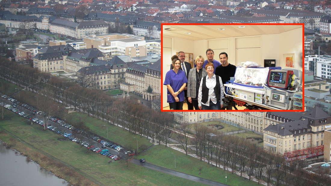 Bülent Ceylan übergibt dem UMM einen Transport-Inkubator für Säuglinge.