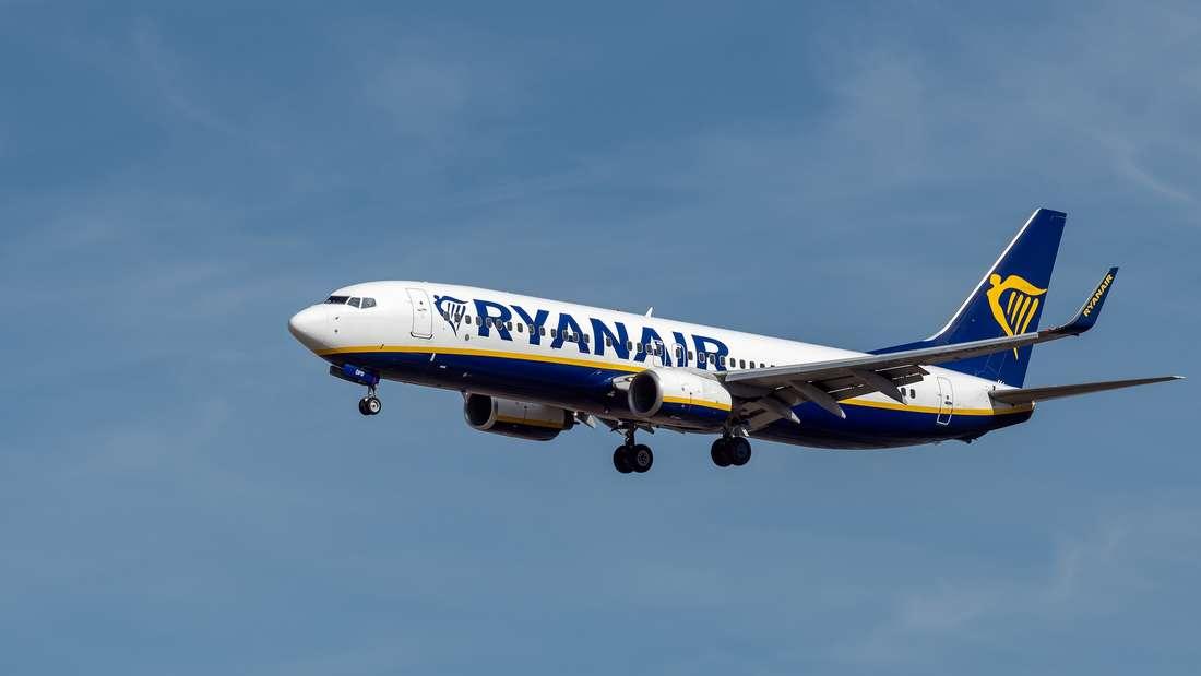 Ein Ryanair-Flugzeug füllte sich mit Rauch. (Symbolbild)