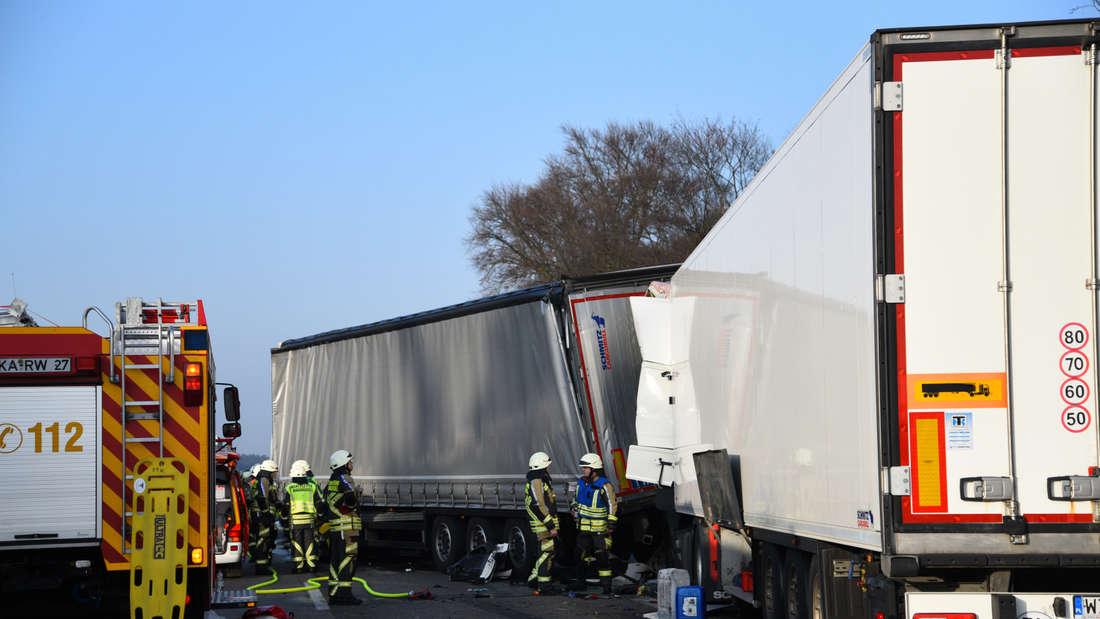 Die Unfallstelle auf der A5 am Freitag