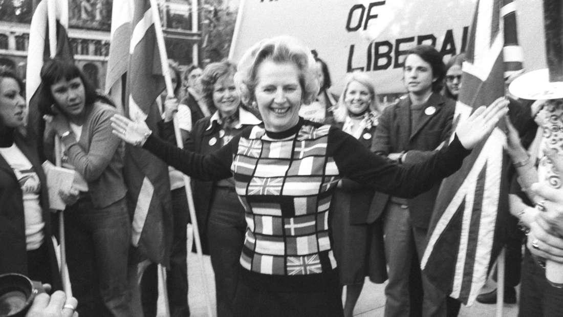 Brexit - Margaret Thatcher im Europa-Pullover