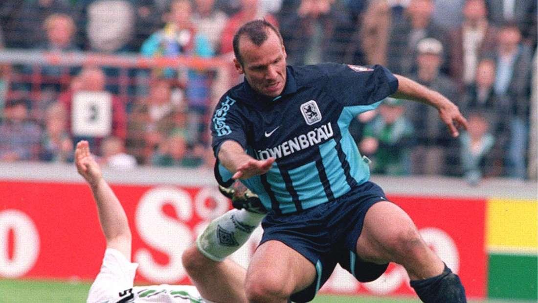 Bernhard Trares (r.) im Trikot des TSV 1860 München.