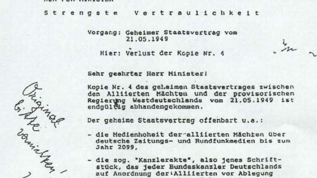 """Die Aktenfälschung wird von Reichsbürgern als""""Beweis"""" für die Illegitimität der Bundesrepublik herangezogen."""