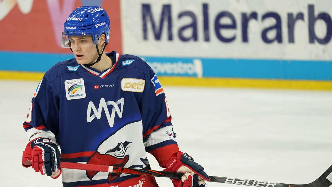 Tim Stützle ist auf dem Sprung in die NHL.