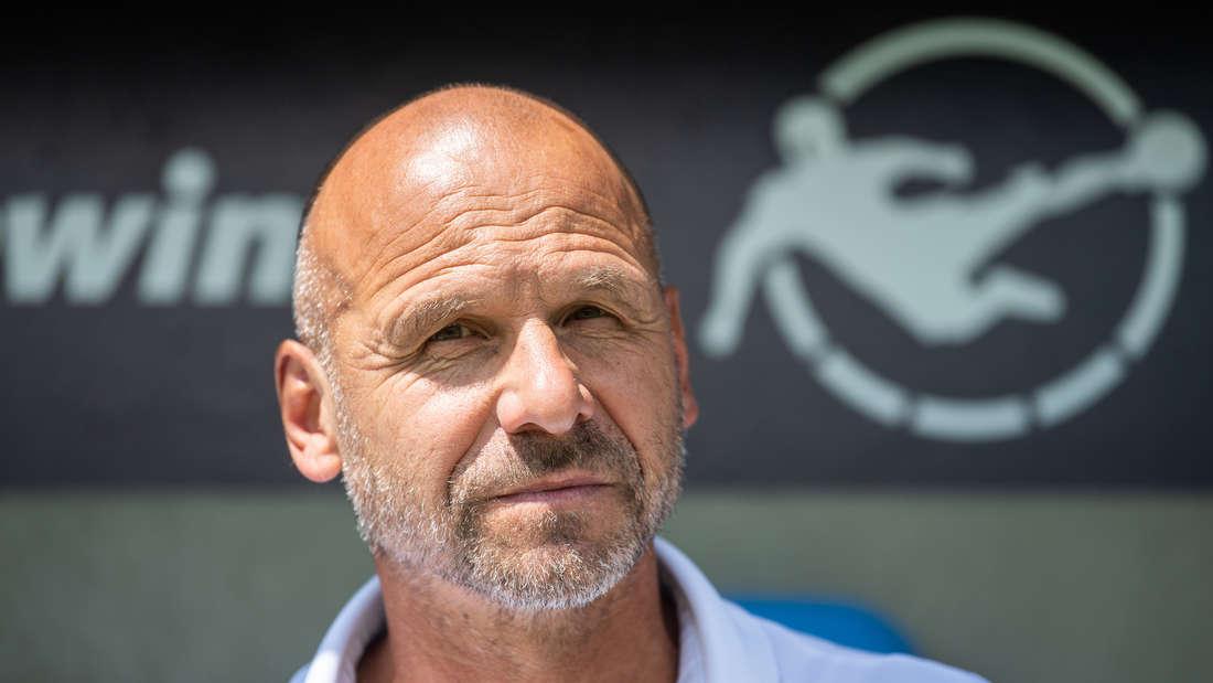 Bernhard Trares bereitet sein Team auf den Re-Start der 3. Liga vor.
