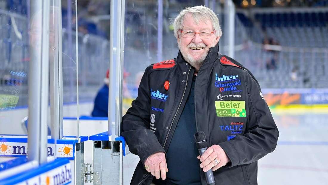 Adler-Stadionsprecher Udo Scholz ist im Alter von 81 Jahren gestorben.