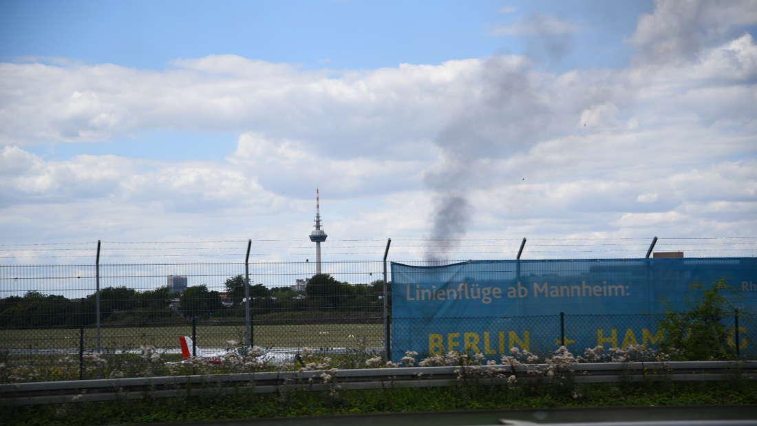 Es kommt in einer Gartenanlage auf der Friesenheimer Insel zu einem Brand.