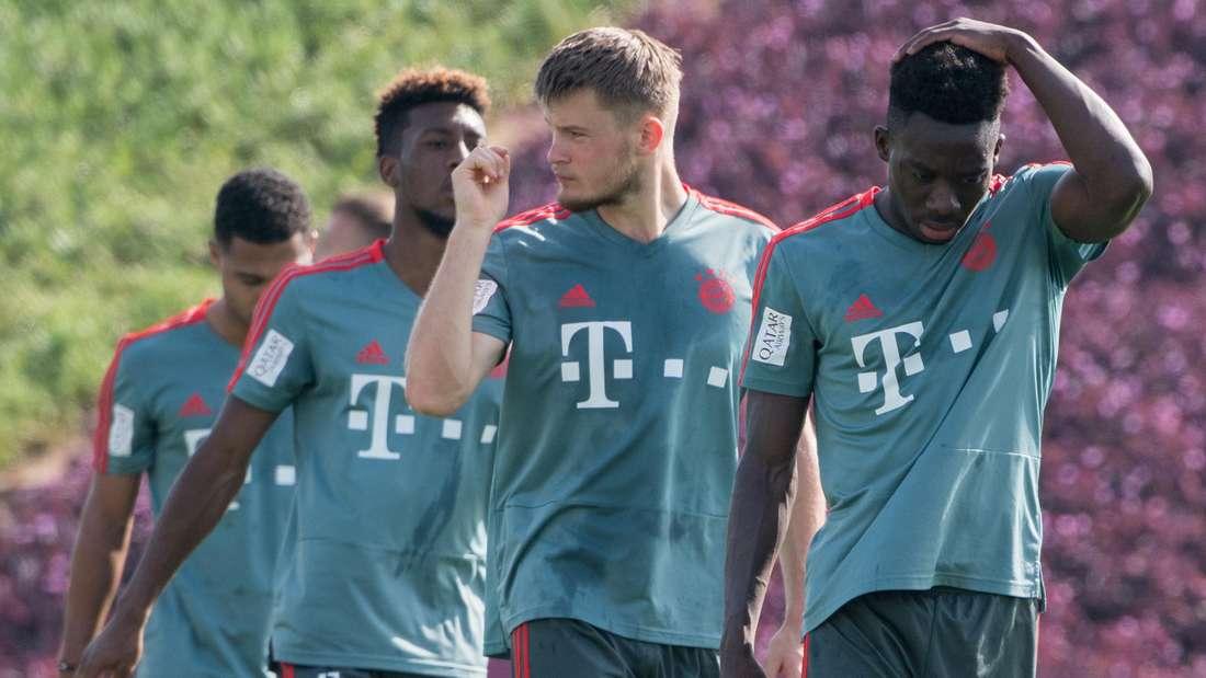 Lars Lukas Mai (2. v.r.) wird in der zweiten Bundesliga Erfahrungen sammeln.