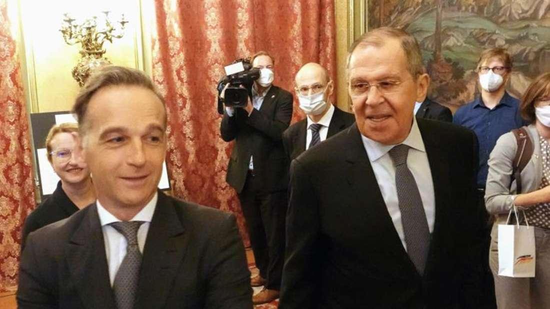 Bundesaußenminister Heiko Maas trifft den russischen Außenminister Sergej Lawrow (r). Foto: Michael Fischer/dpa